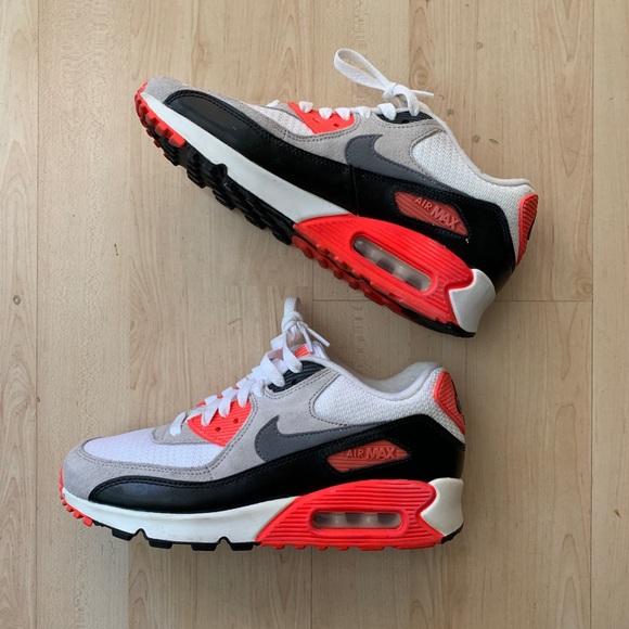 Nike Air Max 90 Boy Size 6, Women's Size 7.5 8